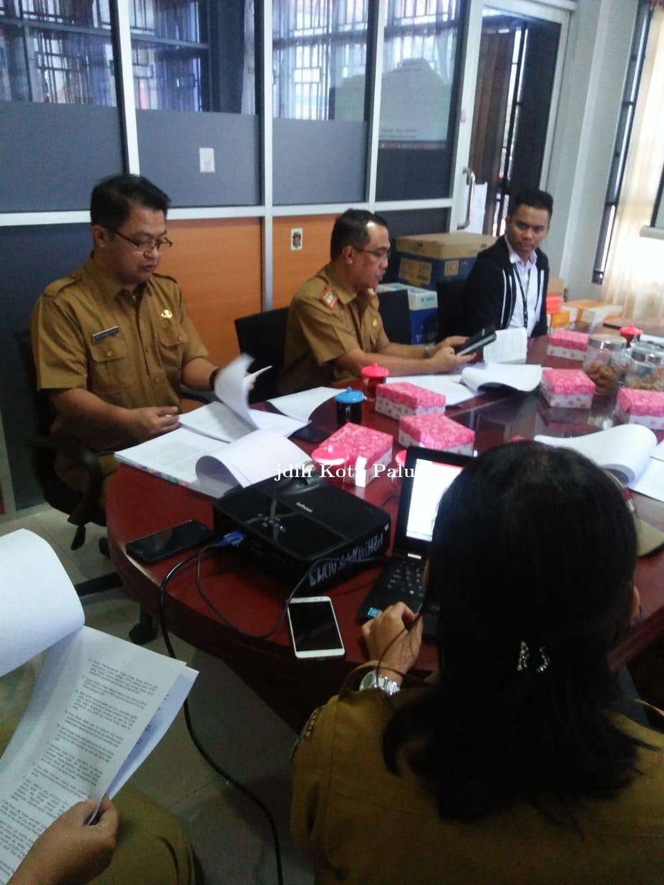 Rapat pembahasan perwali
