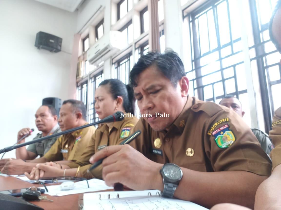 Mediasi membahas kasus Anak punk dengan satpol-pp di DPRD kota Palu